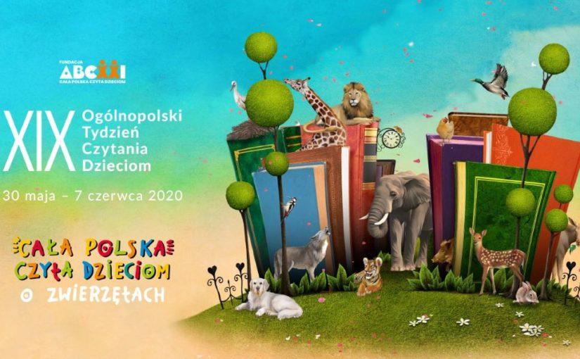 XIX Ogólnopolski Tydzień Czytania Dzieciom. Cała Polska Czyta Dzieciom. centralnie ilustracja książek i zwierząt