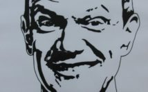 Portret uśmiechniętego mężczyzny.