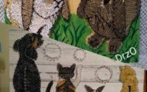 6 zwierząt: dwa króliki przodem, pies, dwa koty i królik tyłem.