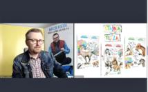 screen przedstawia mężczyznę w okularach w koszuli w kratę i kurtce dżinsowej.po lewej stronie okładki książek.