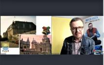 Prawa strona screenu przedstawia dwa obrazy angielskich pałaców. po lewej stronie mężczyzna w okularach, w koszuli w kratę ni kurtce dżinsowej