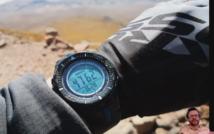 zegarek na ręce pokazujący wysokość npm